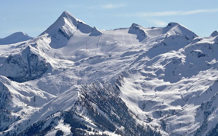 Kitzsteinhorn glacier near Kaprun in Austria