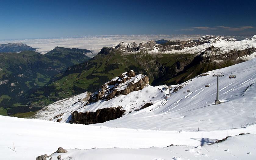 Skiing on the Titlis near Engelberg