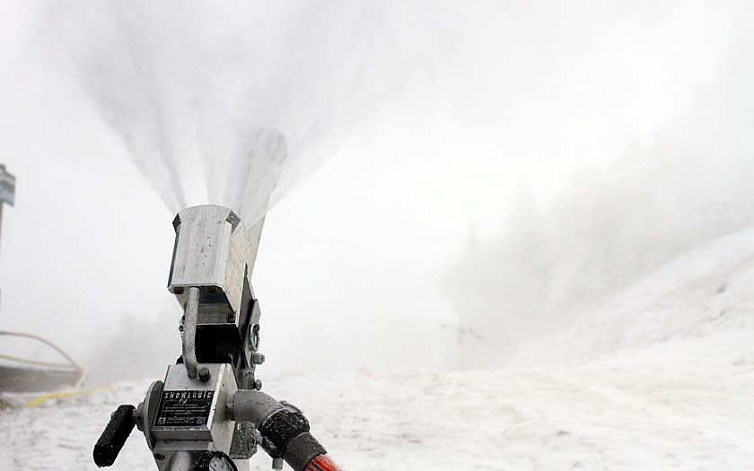 Snowmaking at Sugarbush