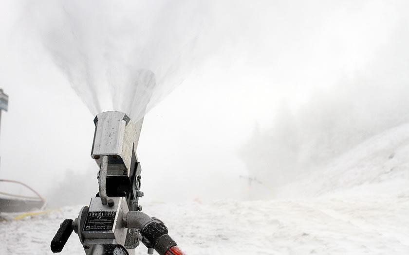 Snowmaking at Sugarbush